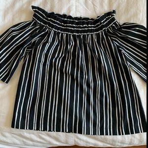 H&M, M, off shoulder, black&white top. NWT